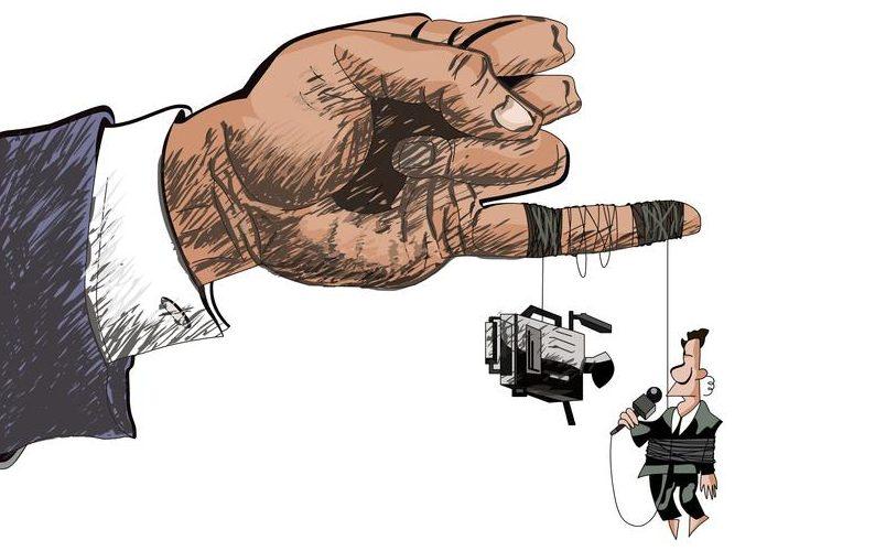 """Guvernul îi îmblânzește pe """"paznicii democrației"""". Lista publicațiilor și televiziunilor care cer bani de la Guvern"""