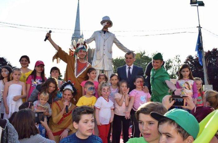 Mesajul primarului Morar Costan, cu ocazia Zilei Copilului
