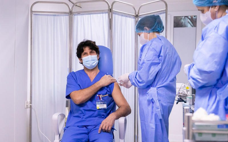 130 de cabinete noi pentru vaccinarea anti-COVID cu serul Pfizer, începând de astăzi, 1 martie