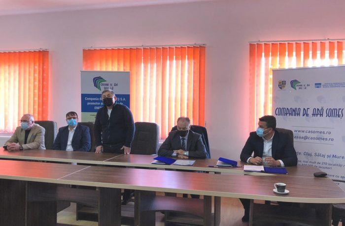 A fost semnat contractul de lucrări privind extinderea alimentării cu apă în Cășeiu, Chiuiești și Cuzdrioara